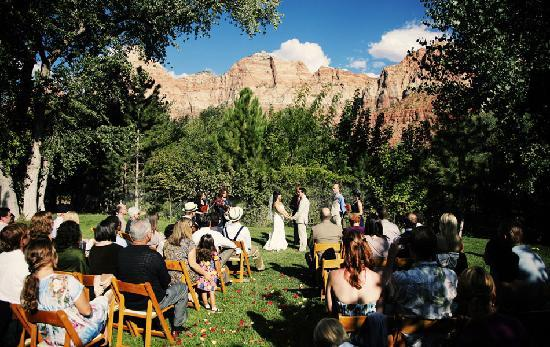 Zion National Park Weddings Picture of Cliffrose Lodge Gardens