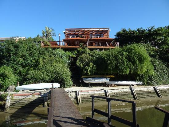 Dungbeetle River Lodge: Aussenansicht