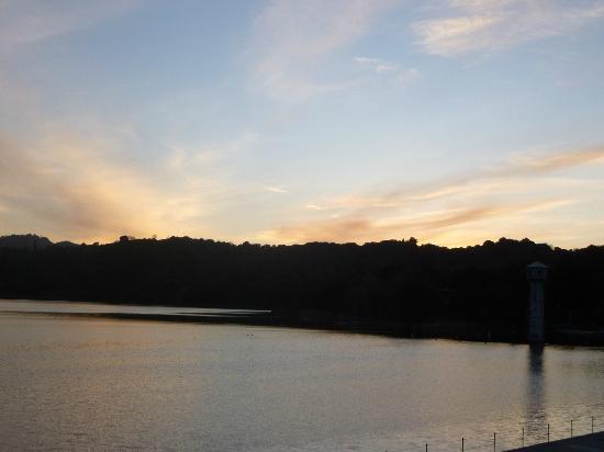 Lafayette Reservoir: sun disappeared
