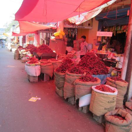The Village Square: Mapusa Markt