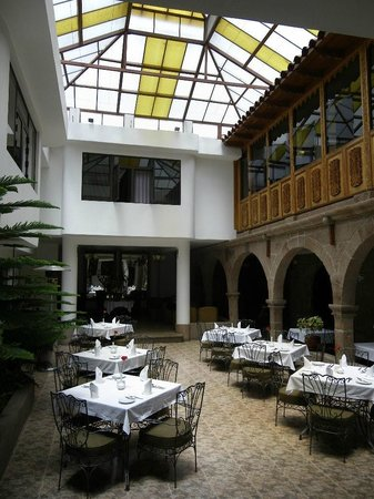 Terra Andina Colonial Mansion: Main area and dining