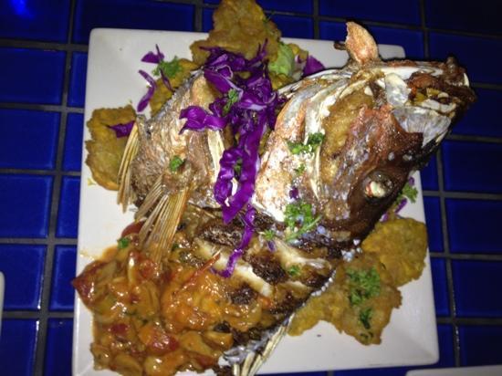 La Ola Restaurant: la pesca del día