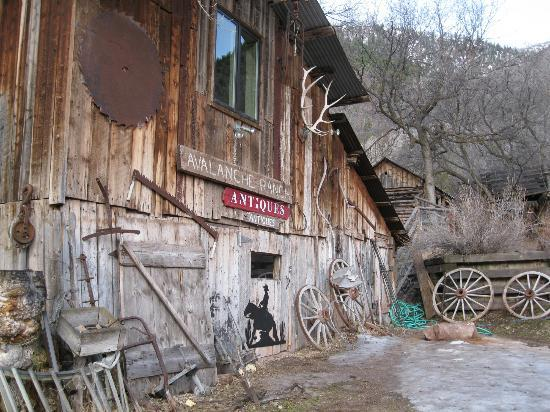 Avalanche Ranch: Antiques Shop