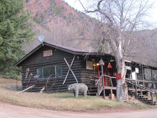 Avalanche Ranch: The Lodge