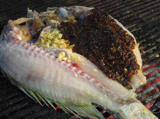 Bert's Garden Seafood Medan Ikan Bakar Batang Tiga: BBQ Fish