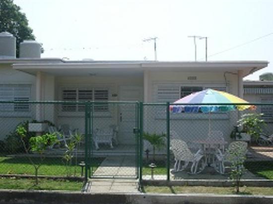 La Casa de Manolo - Casa Claumar: El frente de la casa