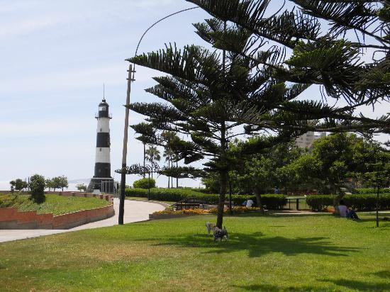 Casa Bella Miraflores: hotel located just few steps of lighthouse