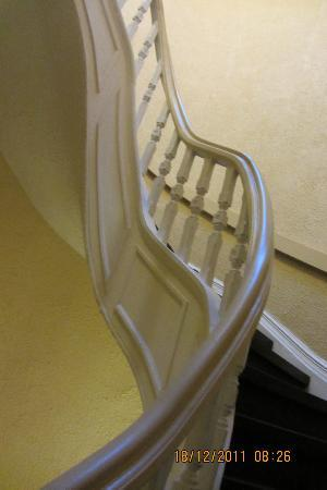 Hotel Ambrose: the staircase to get your bags up