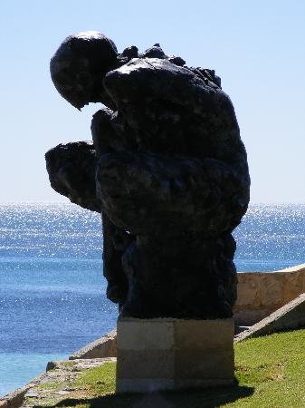 Cottesloe Beach: Sculptures by the Sea Cottersloe Beach