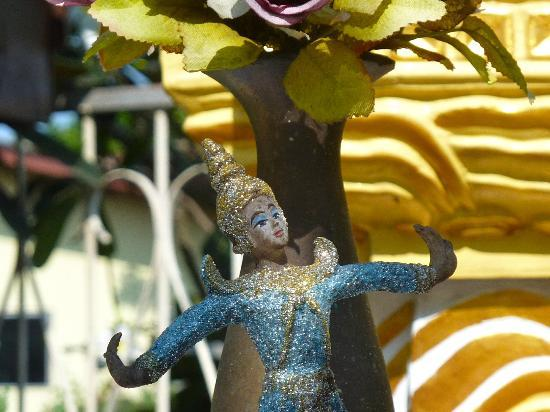Queen's Garden Resort at River View : Close-up altar figure, Queen's Garden.