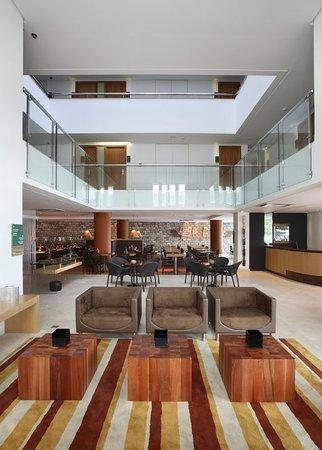 Verdegreen Hotel: Lobby.