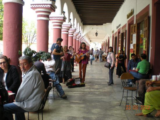Templo del Carmen: East of plaza is restaurant and cafes