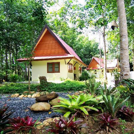 Manora Garden: nice rooms in nice environment
