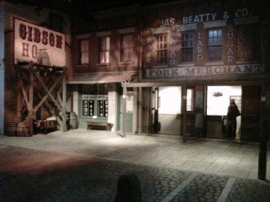 Cincinnati Museum Center : A step back in time...