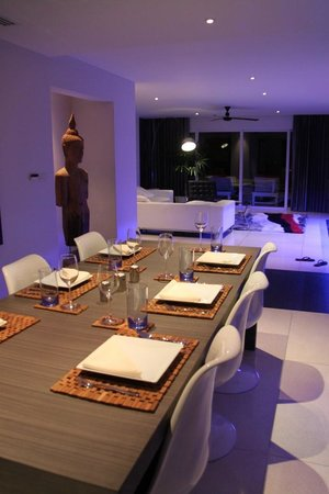 Infinity Residences & Resort Koh Samui: dining area