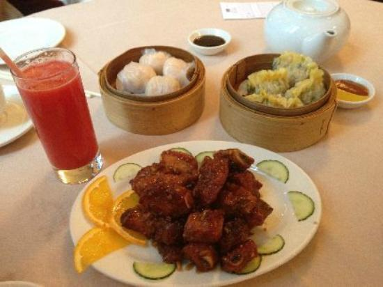 Imperial Chinese Seafood Restaurant: Great watermelon juice, spare ribs, and other dim sum
