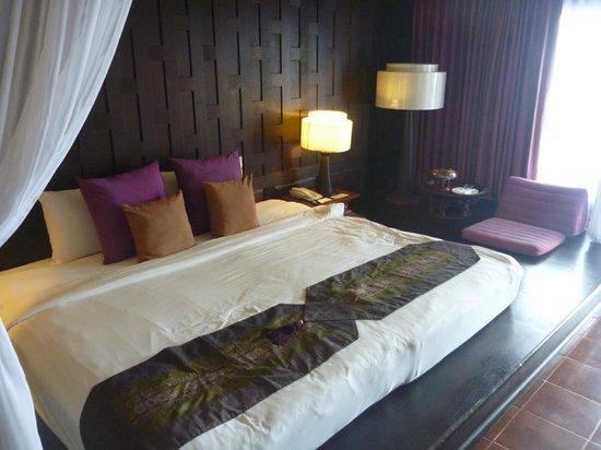Aquamarine Resort & Villa : BEDROOM