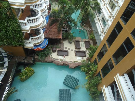 Angeles Beach Club Hotel: Pool