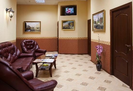 Respectale Hotel: Вестибюль
