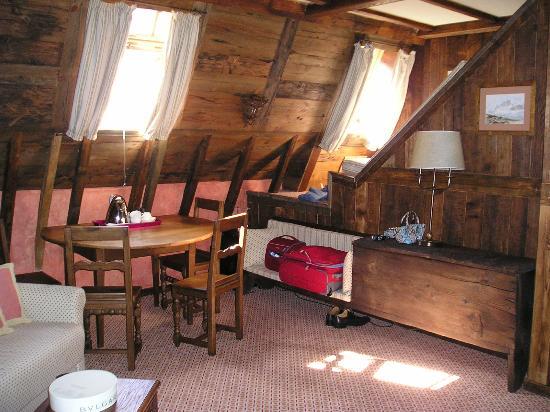 Grand Hotel des Alpes: Salottino Suite Ancienne Tour