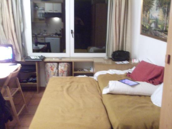 Estudios Hoserval: Las camas juntitas