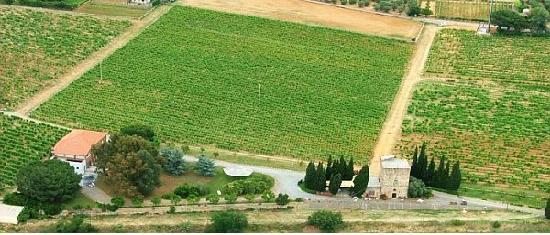 Agriturismo Torre Pernice visto dall'alto del cielo ligure