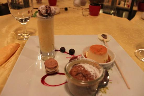 "Hotelpension Seeberghof: Creme Caramel, ""Schokikuchen"" and Grand Marnier Parfait"