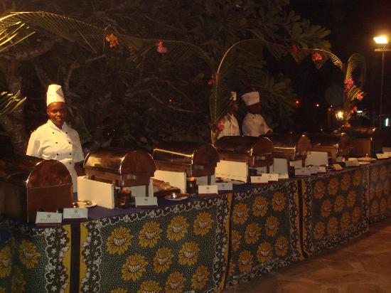 Diani Sea Lodge : Buffet Africain