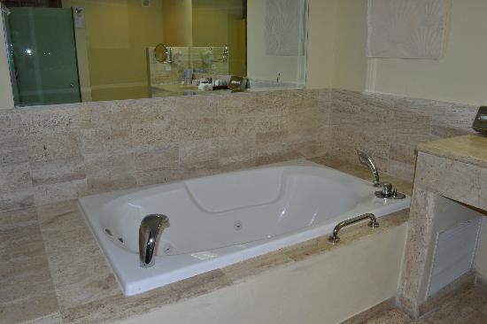 Grand Palladium Riviera Resort & Spa: bain à bulles