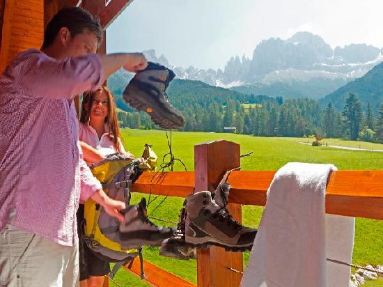 Cyprianerhof Dolomit Resort: Hiking start from Cyprianerhof