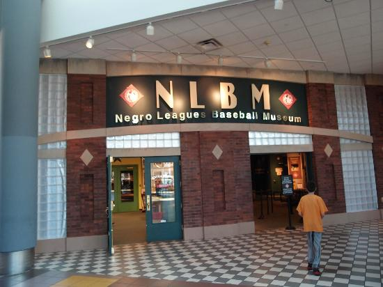 Negro Leagues Baseball Museum : The entrance to the museum