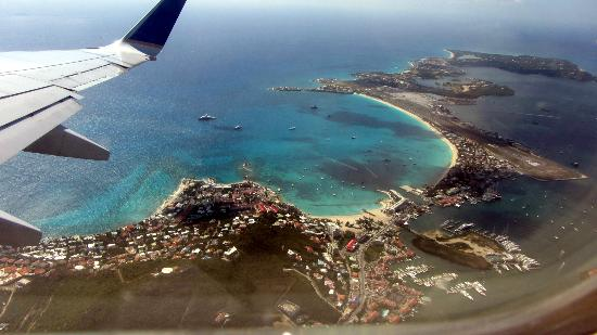 Hotel Mont Vernon: Aerial view while leaving St Martin