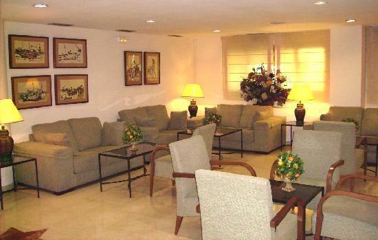 Senator Huelva Hotel: Salón Social