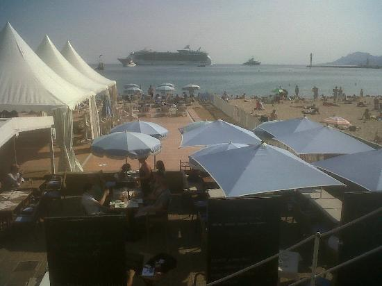 Hotel le Romanesque : la plage à 2 pas !!!