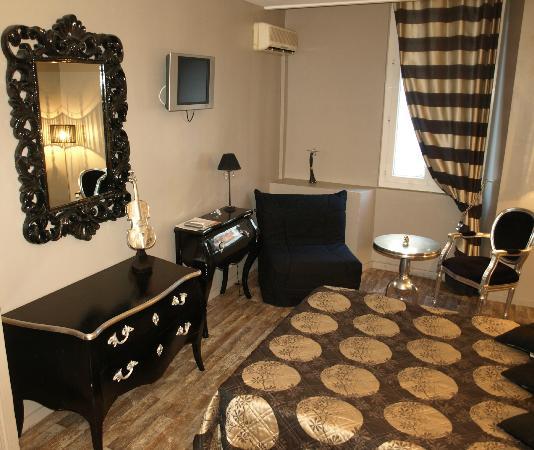 Hotel le Romanesque: tv écran plat et wifi