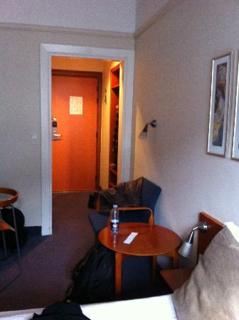 ProfilHotels Richmond Hotel: Fra rommet mot entreen