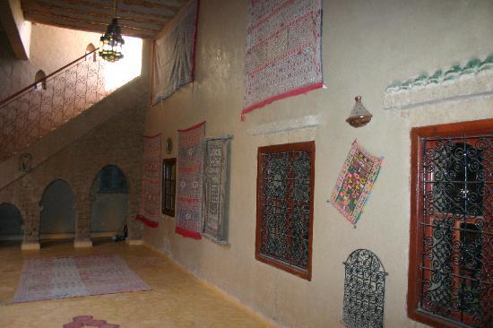 Guest House Merzouga: riad