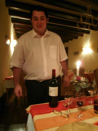 Le Citronnier : The restaurant supports local vineyards