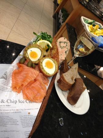 Sandbanks Beach cafe: The fish sharing platter with smoked haddock scotch egg...yum!