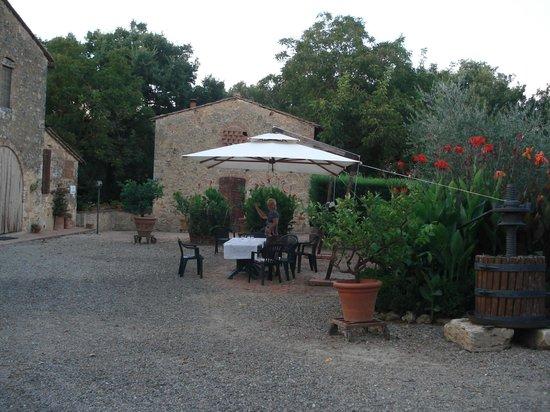 Agriturismo Saletta: Chaleur et saveur de la Toscane