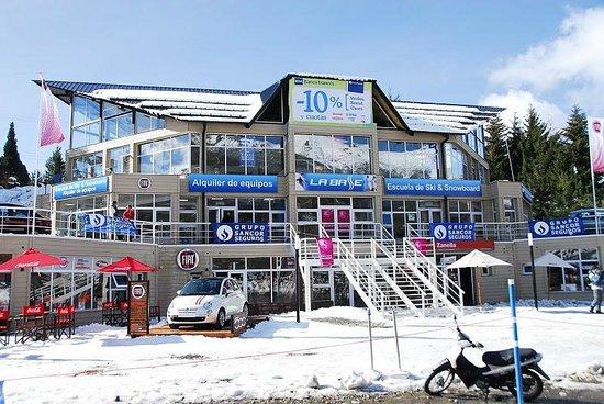La Base Escuela de Ski & Snowboard Photo
