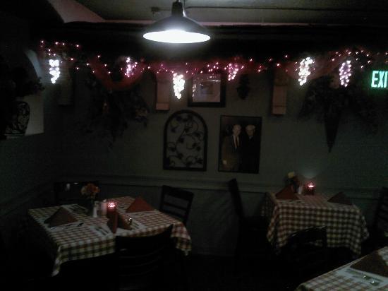 Nonna Emilia Ristorante : One of the dining rooms at Nonna Emilia