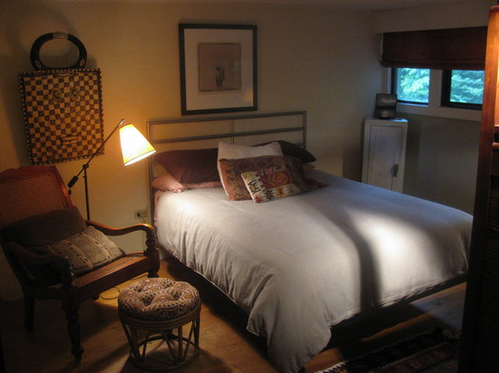 Lake Eden Events & Lodging: Sequoia bedroom