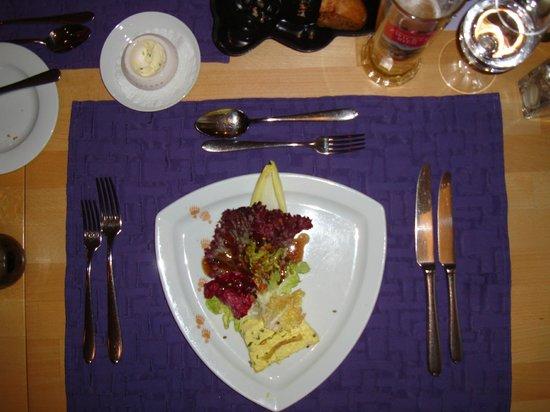 Hotel Restaurant Baeren: Salad