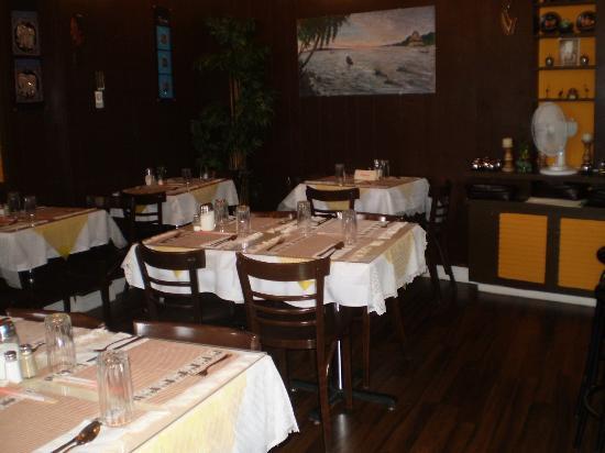 Restaurant thaïlandais Chanchai : On y compte une trentaine de places. Mieux vaut réserver.