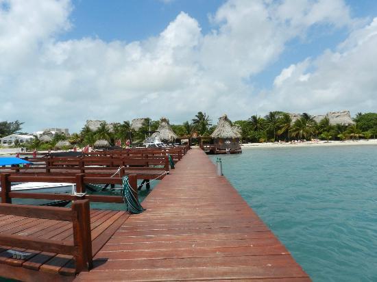 Ramon's Village Resort: the dock at Ramon's