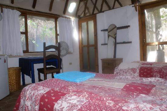 B&B Casaejido: cabin room