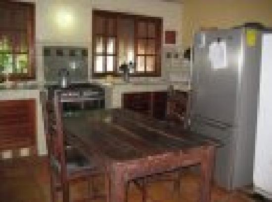 B&B Casaejido: common kitchen