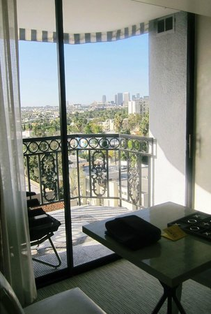 The London West Hollywood at Beverly Hills: The view from our room on balcony.