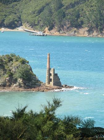 Kawau Lodge: Coppermine ruins, Kawau Island
